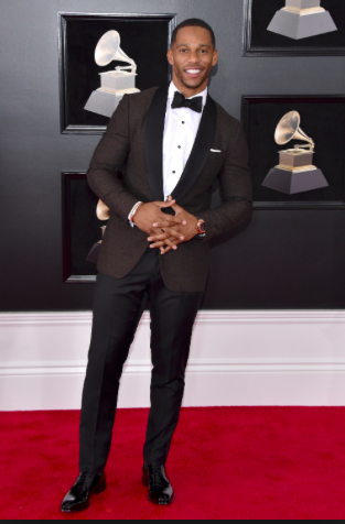 VC in Issia 4 - Victor Cruz / 60th Grammy Awards